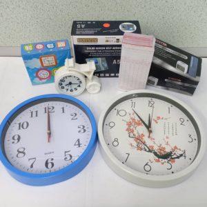 TIME CLOCK & PUNCH CARD MACHINE